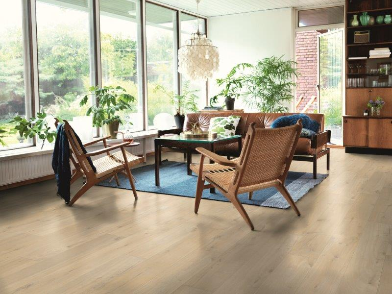 Pergo Modern Sensation Coastal Oak Laminate Flooring